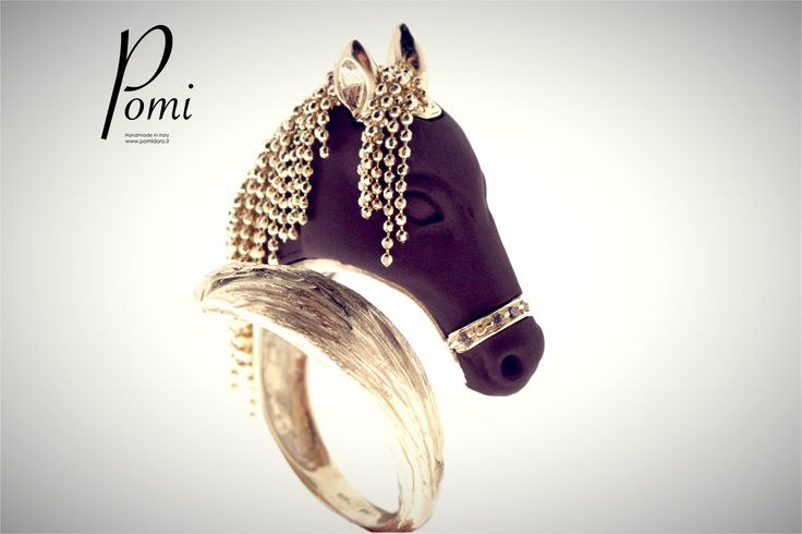 The gracefully power of freedom - Gold Ring - Pomi