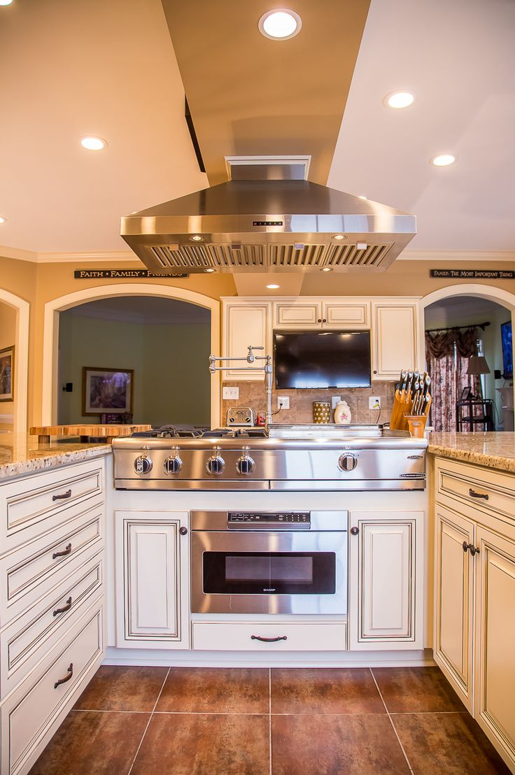 Presidential Kitchen Cabinet 143 Best Images About White Kitchens On Pinterest Transitional