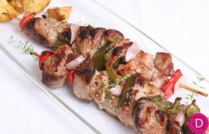 Χοιρινά σουβλάκια με λαχανικά | Dina Nikolaou