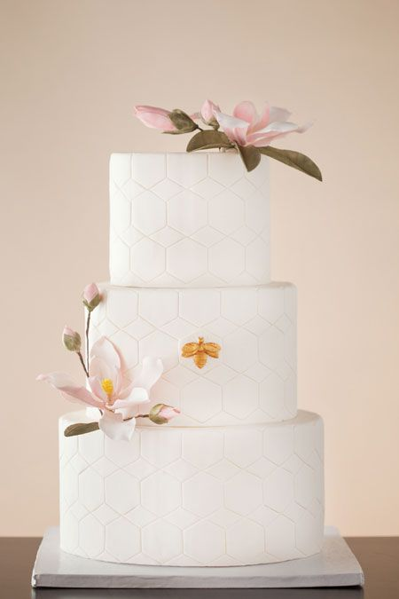 honeycomb-wedding-cake.jpg