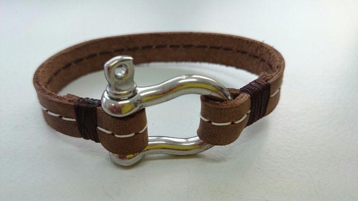 25 einzigartige lederarmband selber machen ideen auf pinterest makramee lederarmband. Black Bedroom Furniture Sets. Home Design Ideas