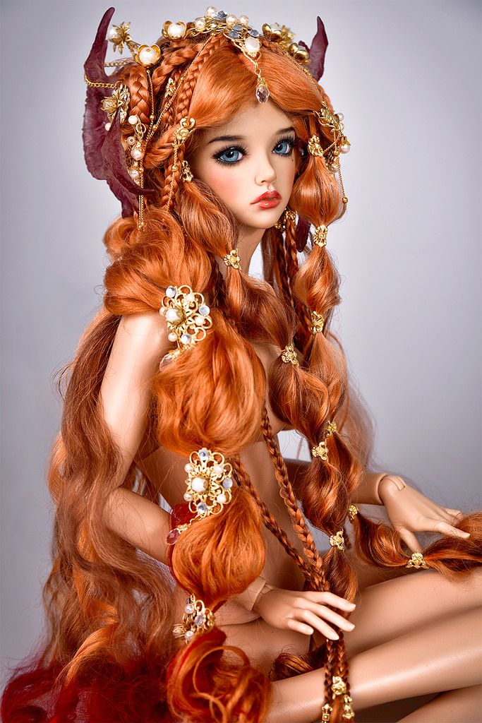 BJD art doll - read hair, braids                                                                                                                                                                                 Plus