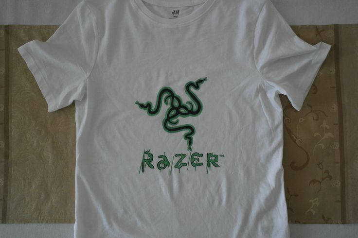 Workmanship for painting one t-shirt is 10 Euro or 10 $.