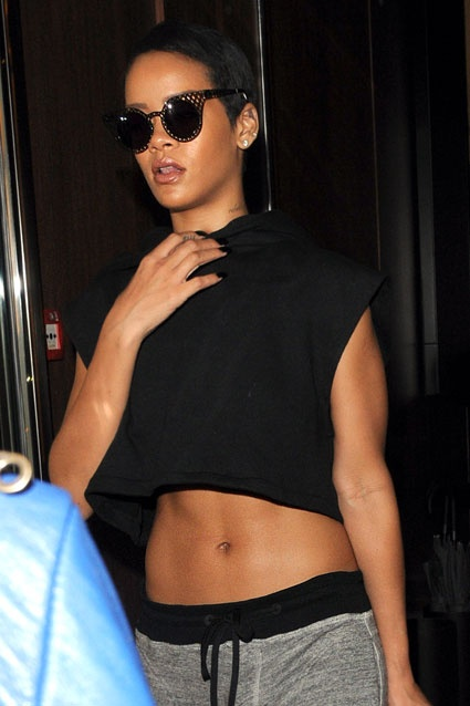abs hollywoods stroll - 425×638