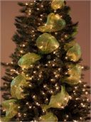 How to decorate a Christmas tree with ribbon: Idea