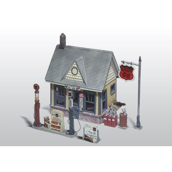 Woodland Scenics Scenic Details HO Scale Gas Station Kit