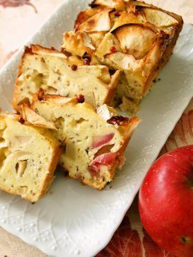 「カマンベールとリンゴのケークサレ」fanifani | お菓子・パンのレシピや作り方【corecle*コレクル】