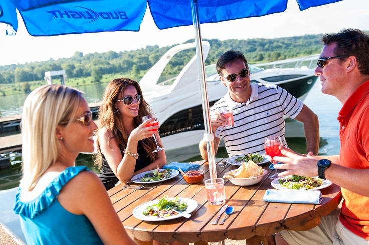 Bayliner 315 Cruiser - Why does food always taste better when boating? #boating #food