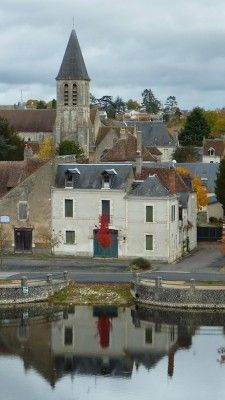 Where the old public areas, the saloon, the bar and the restaurant of yesteryear could be revitalised and used for seminars or functions, French lessons, yoga or just for social get-togethers.http://www.francestays.com/overview/our-scenic-villages-towns/