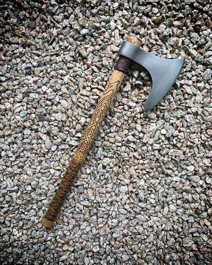 Sköll & Hati / Cold Steel Viking Hand Axe