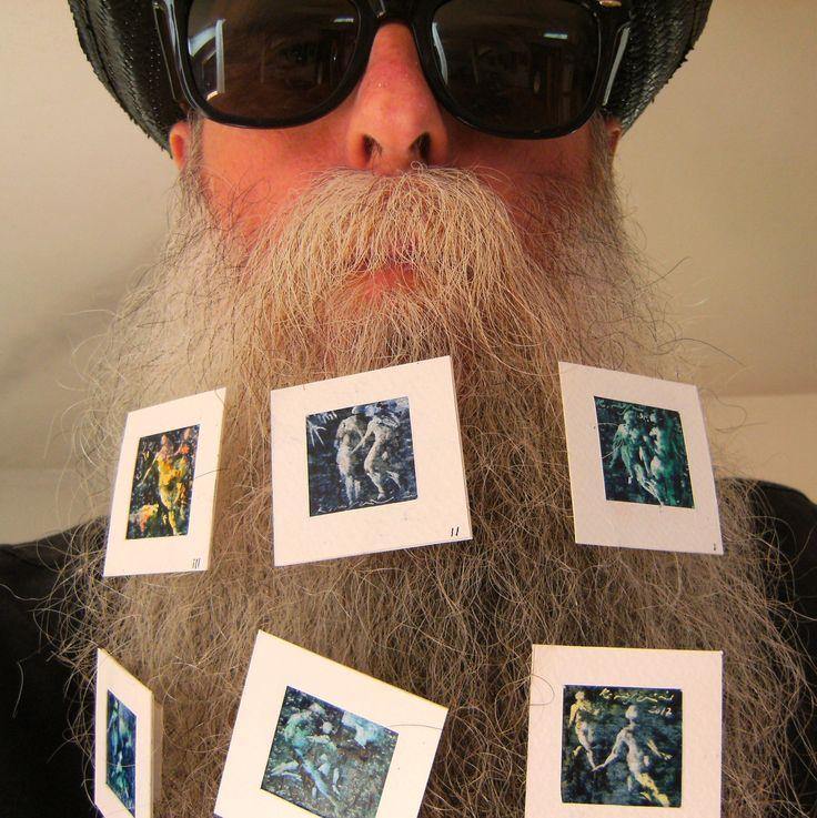BEARD GALLERY - Opere di Roberto Moschini installate sulla mia barba (Galleria Pensile)
