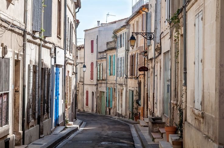 The street of Arles are just so beautifully Provencal