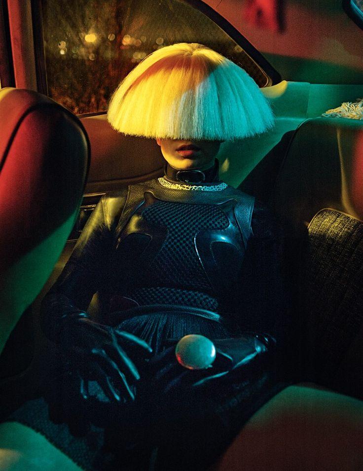 Sia's wig