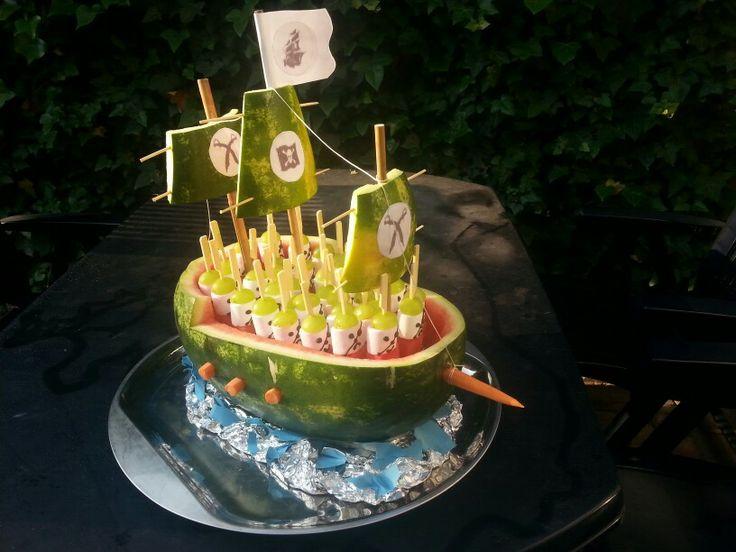 Watermelon pirate boat traktatie gezond treats