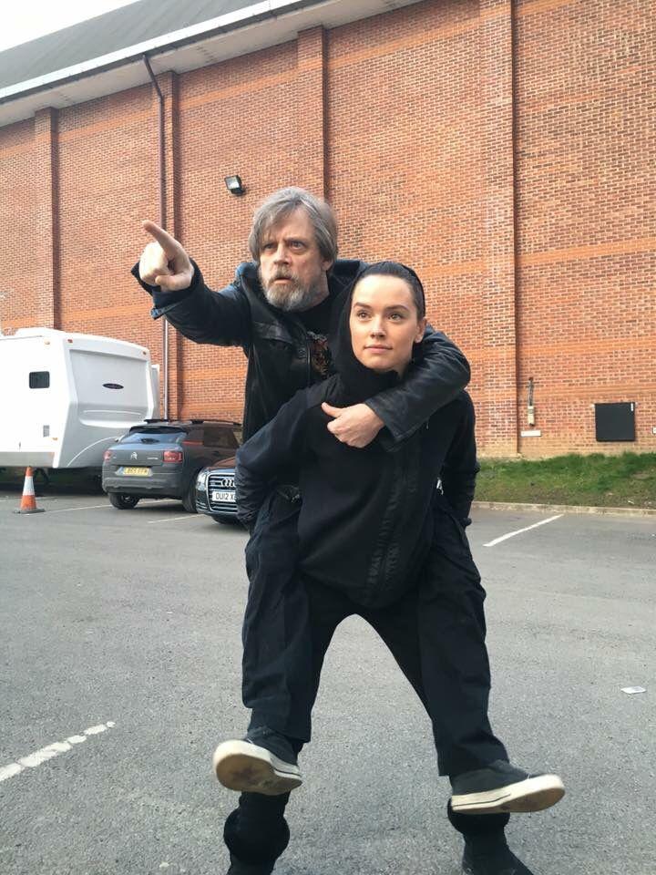 Luke(Mark) & Rey(Daisy)