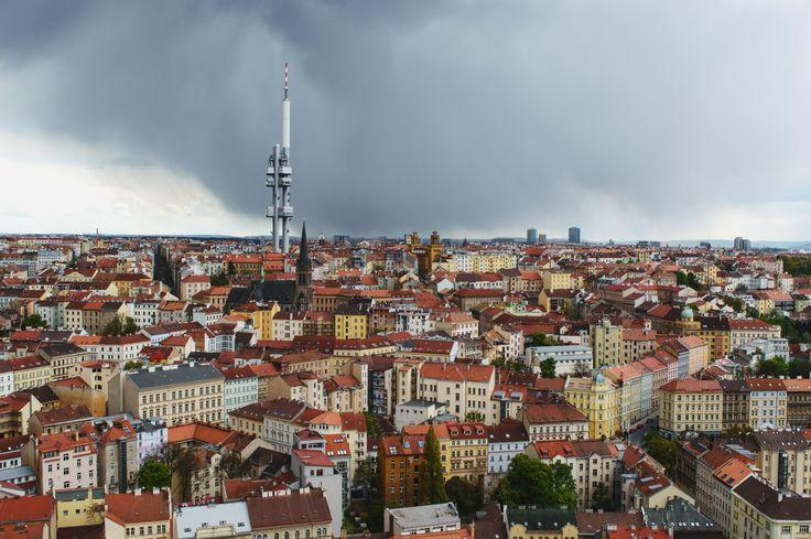 Výhled na Žižkov z Vítkova. #praha #prague #žižkov #vítkov