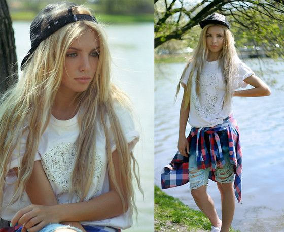Лайтово (by Ekaterina Normalnaya) http://lookbook.nu/look/3408885-: Bi Ekaterina, Freak Babes, Jeans Shirts, Tomboys Attire, Fashion Bloggers Style, Cap Jeans, Beautiful Hair, Blogger Style, Boyfriends