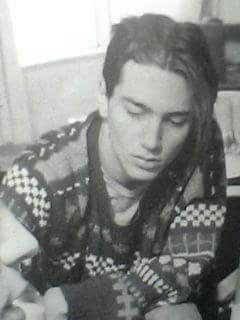 1990. A young Frusciante