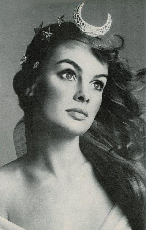 Jean Shrimpton by Richard Avedon, 1968