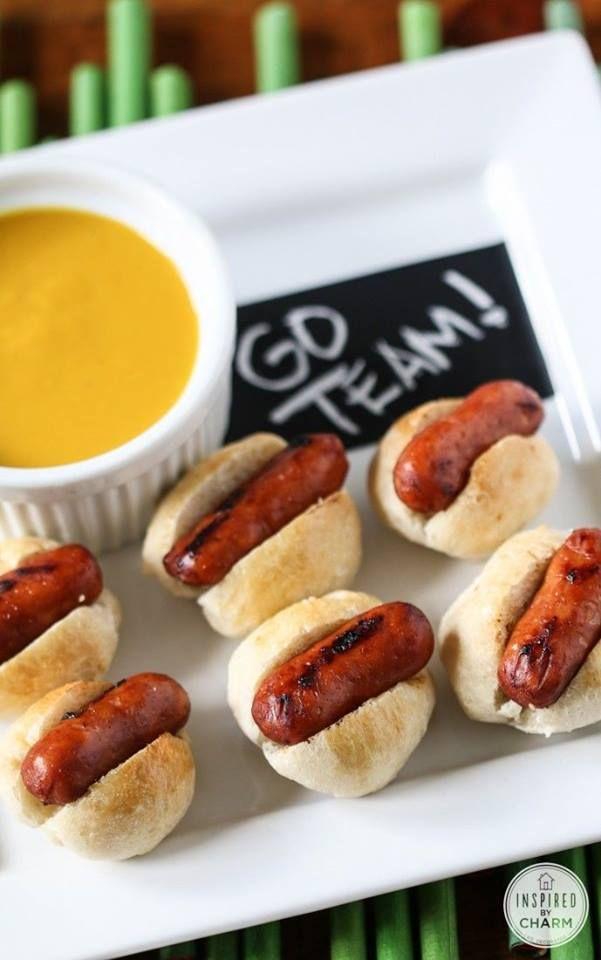 Mini hotdogs. Altijd een succes.