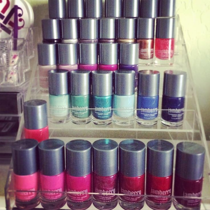 Yes I know....I have an addiction! That's why I became a consultant! #jams #jamberry #lacquer #nails #nailpolish #nailart #imanaddict #nailaddiction #workingforrewards #freeproduct