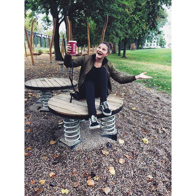 """""""Každý člověk se stává hezčím, když má radost."""" - Walther von der Vegelweide  #pardubice #tyrsovysady #costa #costacoffee #happy #happygirl #czechgirl #czech #instagood #instadaily #vsco #vscocam #instasize #l4l #photo #cz #vans #instalike #playground"""