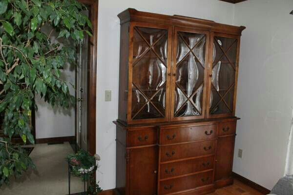 craigslist china cabinet 17 best images about china cabinets on 14185