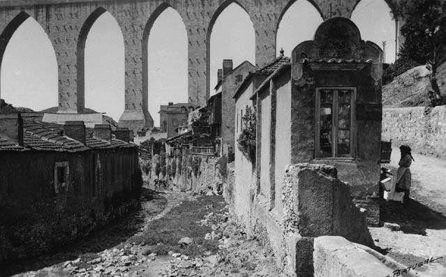 Ribeira de Alcântara, Campolide (E.Portugal, 1939)