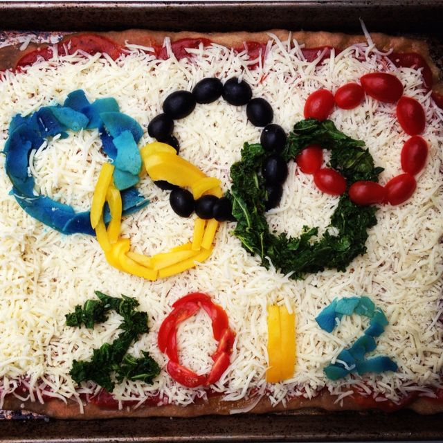 Olympics Pizza with veggie Olympic rings...but with just veggies and dip