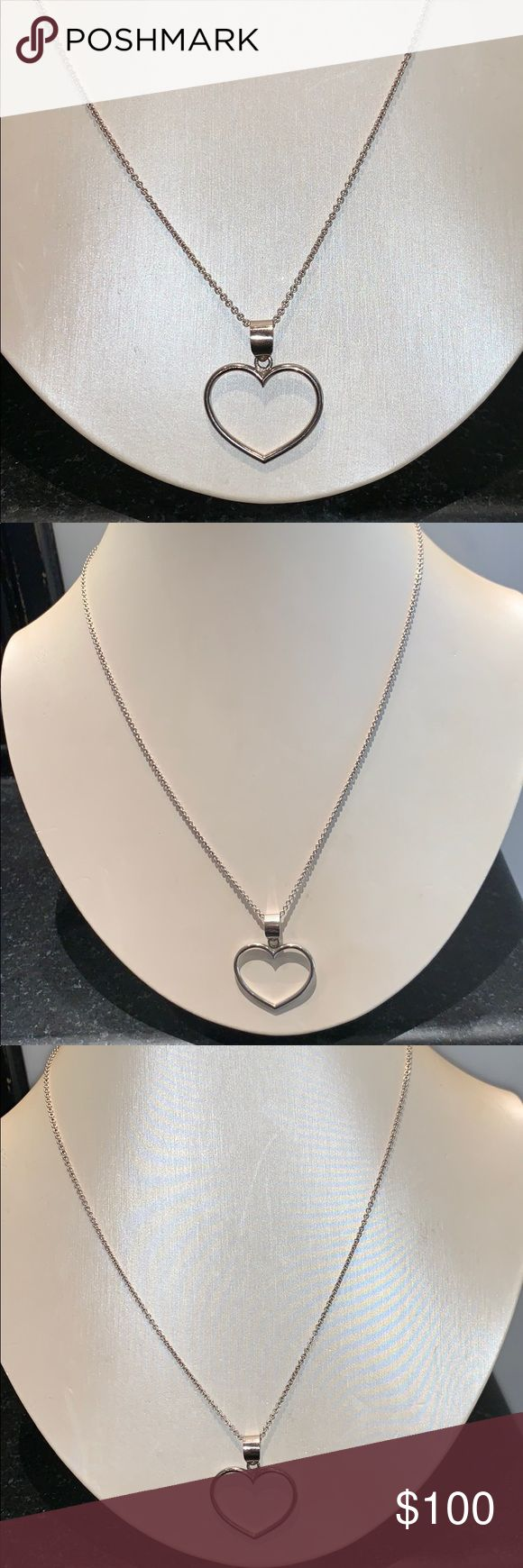 Silver heart pendant necklace Brand new from Istan…