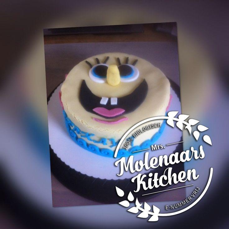18 februari 2017, SpongeBob taart voor Berkay met vanille bisquit from the scratch, bio banketbakkersroom en bio aardbeienjam bekleed en decoratie met fondant (weinig e-nummers) #puurnatuur#zonder toevoegingen#e-nummervrij