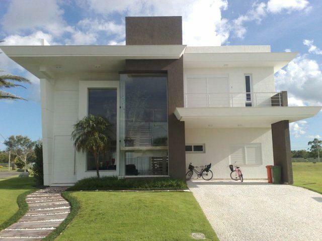 Portas de entradas de casas modernas com p direito alto Fachadas de entradas de casas modernas