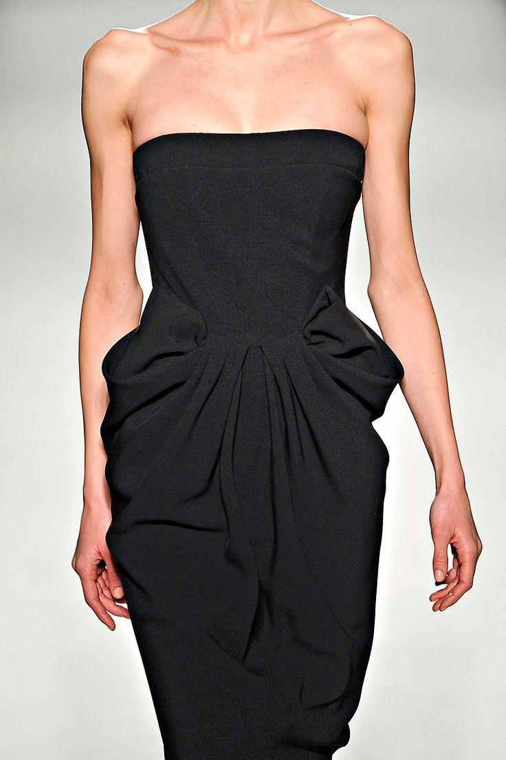 love it: Casual Fashion, Fashion Details, Black Dresses, Beautiful, Black Strapless Dresses, Black White, Moschino Couture, Random Pin, Minimal Chic