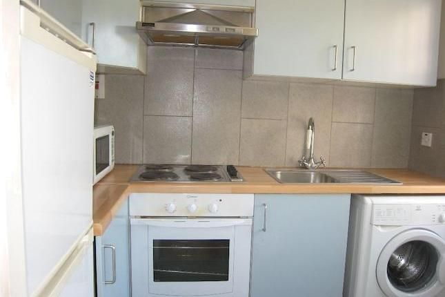 1 bedroom flat to rent in Moscow Road, London W2 - 30287750