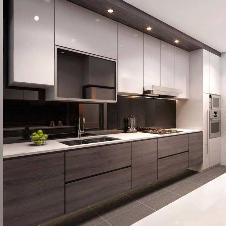 Me gusta la forma de los gabinetes de abajo y el backspplash oscuro sirve para disimular manchas durante la cocinada.