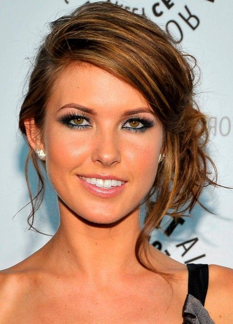 Audrina Patridge Side Chignon Updo Hairstyle - Find more summer hairstyles on http://hairstylesweekly.com