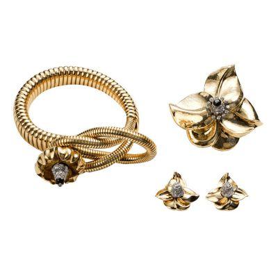 CARTIER PARIS Rare Retro Gold Diamond Onyx Tubogaz Flower Suite by   Cartier
