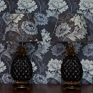William Morris tapet I House of Hackney I Chrysanthemum I Engelska Tapetmagaisnet.se