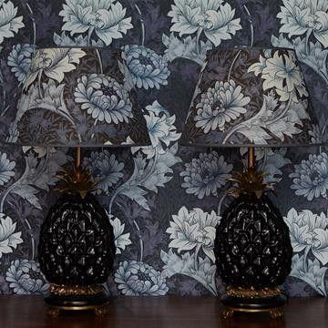 William Morris tapet I House of Hackney I Chrysanthemum I Engelska Tapetmagaisnet.se