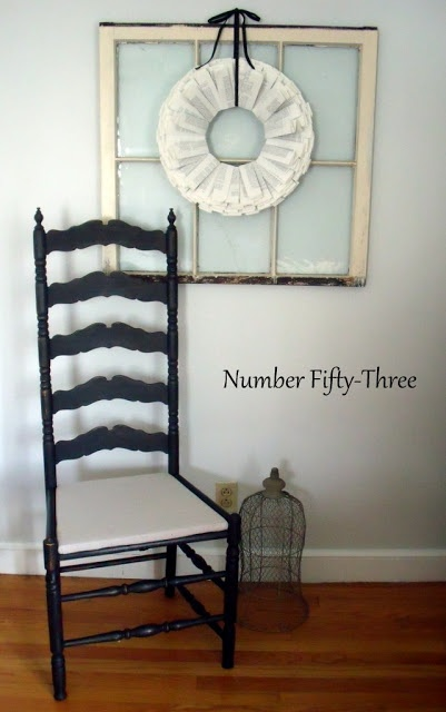 Best 25+ Antique ladder ideas on Pinterest : Decorating with picture frames, Picture window ...
