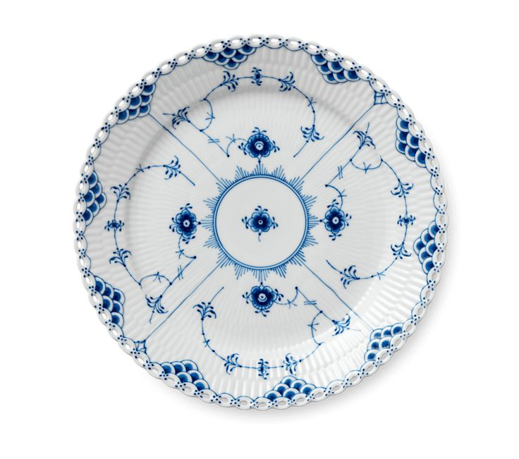 Blue Fluted Full Lace Plate 25 cm