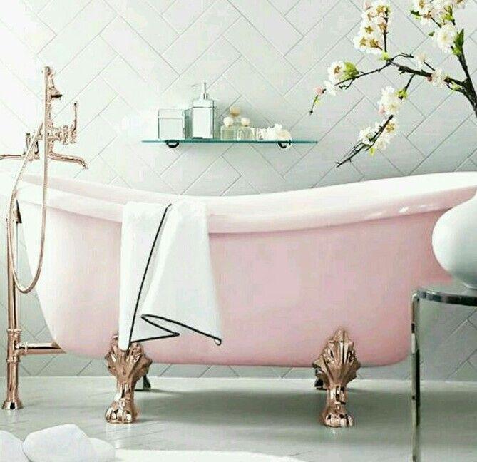 Vintage Pastel Pink Claw Footed Bathtub. ♡♥♡♥♡♥