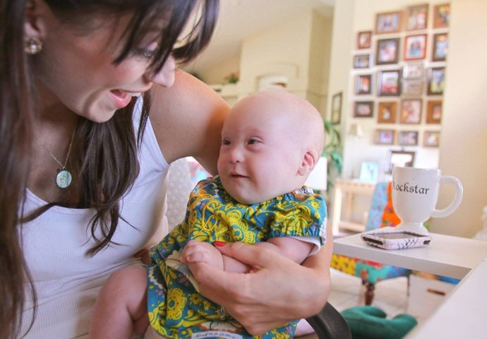 """Kelle Hampton """"Began the Grief Process"""" When She Learned Her Baby Had Down Syndrome. Then Something Happened"""