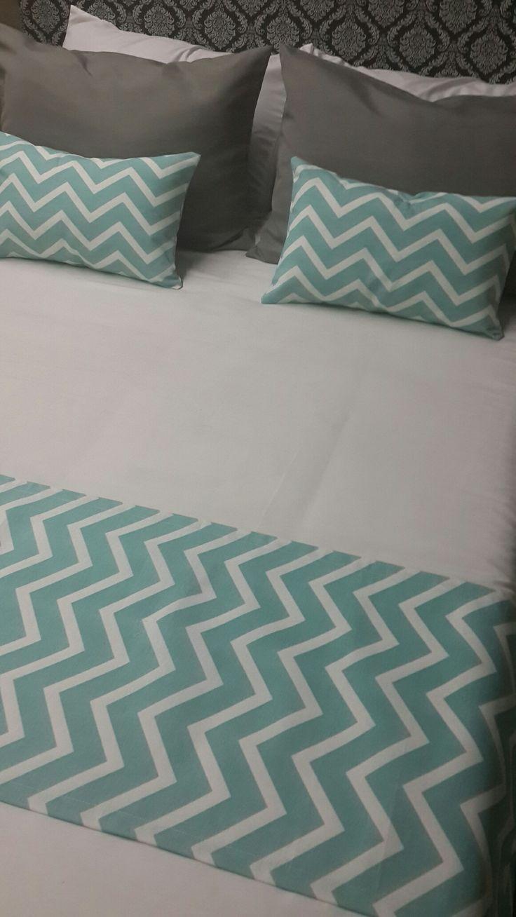 fundas y pie de cama diseño chevron