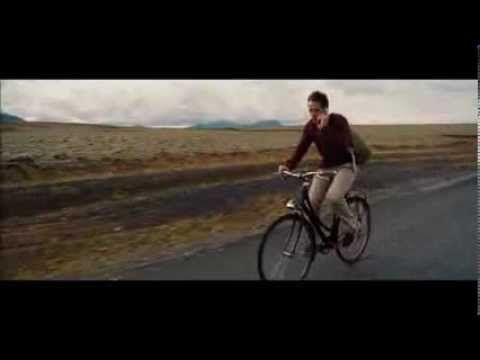▶ Space Oddity (David Bowie + Kristen Wiig) - The Secret Life of Walter Mitty - YouTube
