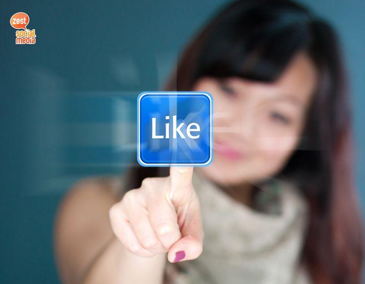 """Τι σημαίνει πραγματικά όταν κάποιος κάνει """"Like"""" στην σελίδα της επιχείρησης σου; Είναι η πρώτη εκδήλωση ενδιαφέροντος. Από εκείνη την στιγμή ξεκινάει να χτίζεται μια σχέση εμπιστοσύνης. Κράτα την ζωντανή καθημερινά, με θέματα που αρέσουν στο κοινό σου!  #socialmediatip #socialmediamarketing"""