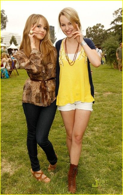 Disney Channel stars Bridgit Mendler and Debby Ryan!they sorta look like sisters