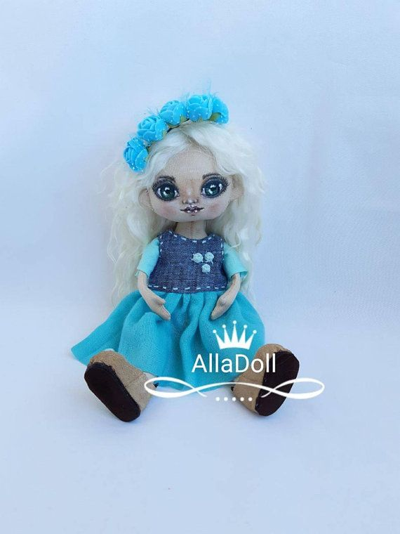 Hey, I found this really awesome Etsy listing at https://www.etsy.com/listing/573264382/doll-blond-pattern-10in-authors-doll #кукла #текстильнаякукла #doll #textiledoll #dollpattern #softdoll