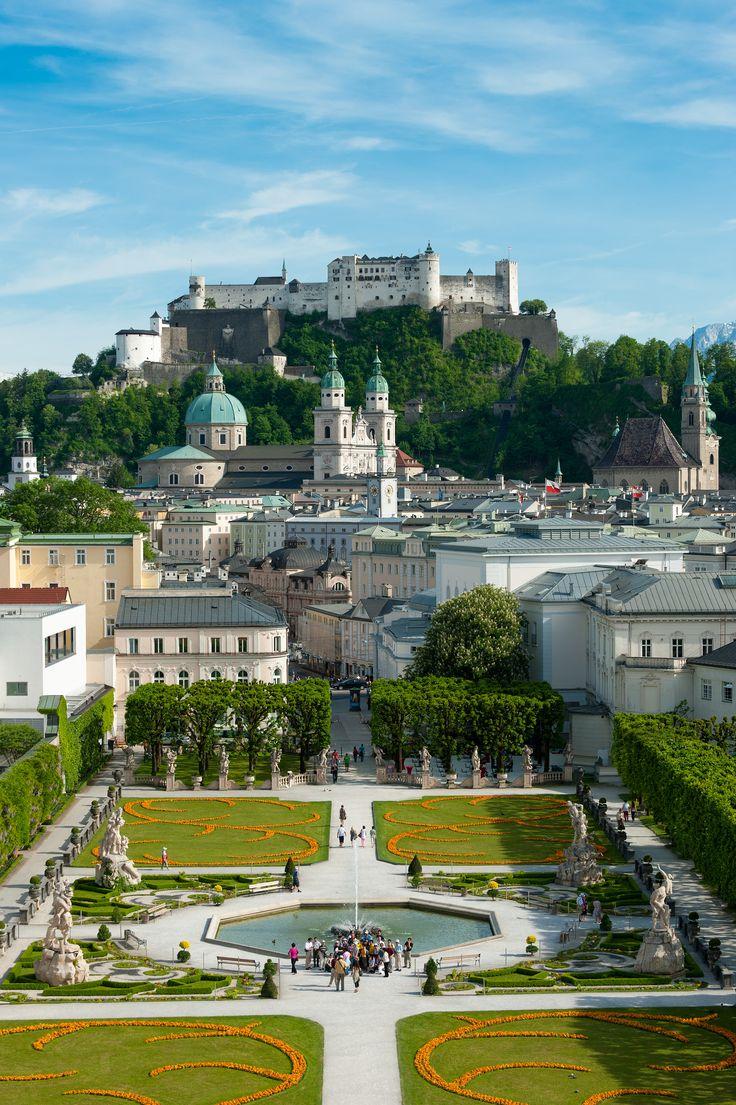 Mirabellgarten and Hohensalzburg Fortress - Salzburg, Austria ( © Tourismus Salzburg)