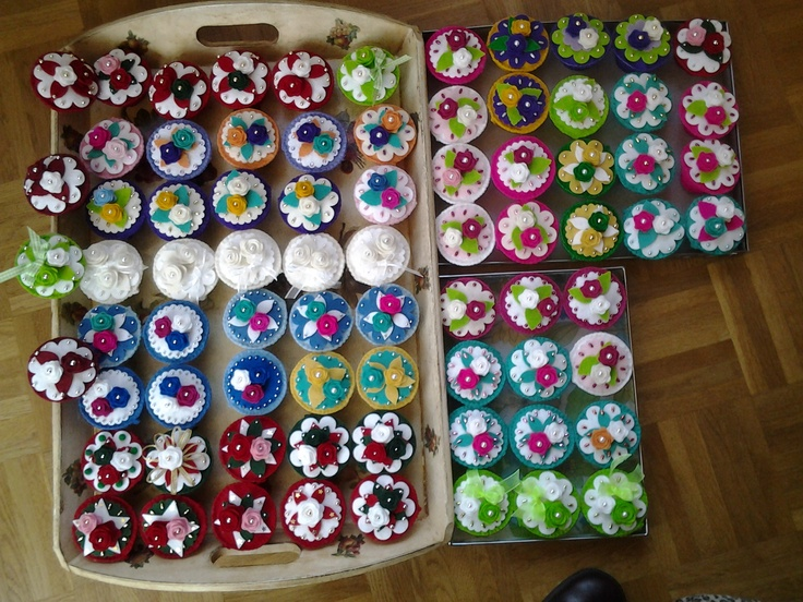 75 Felt cupcakes decorated with Creatable toppings also made with felt!